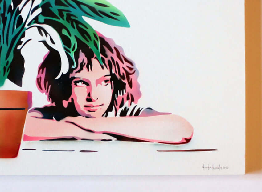 Canvas_Mathilda_with_a_Plant_0003